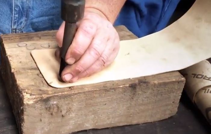 Video: How to cut gasket paper