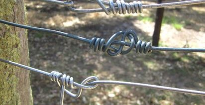 Neat knots for electric fences