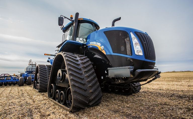 New Holland makes tracks at FarmFest