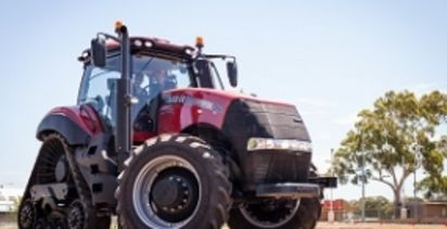 Four-track tractors to help soil conservation