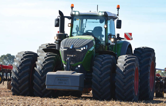 VIDEO: Fendt's 500hp tractor hits the paddocks