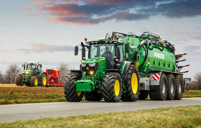 New 6R series tractors from John Deere