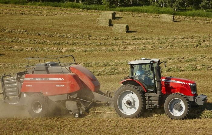 AGCO classifies square balers