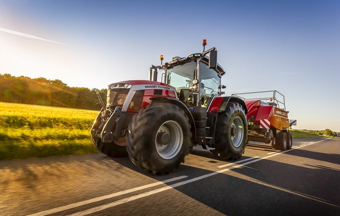 Massey Ferguson 8S series tractors win Red Dot Design Award