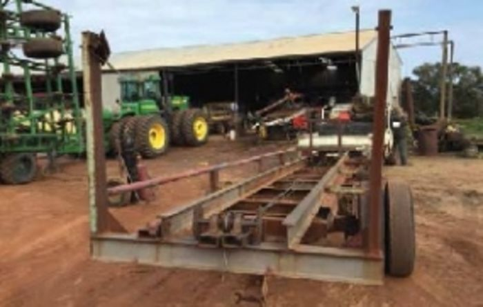 Truck body hay feeder