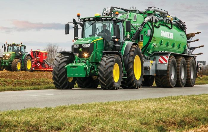 Deere announces top-of-the-line six-cylinder tractors