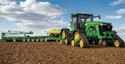 John Deere 8 series updates include first fixed-frame, four-track tractor