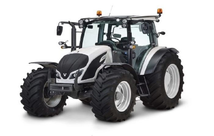 AGCO wins two prominent design awards
