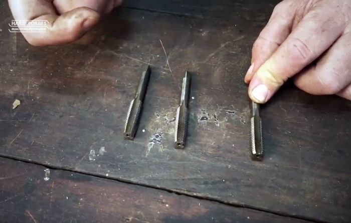 Video: Thread tapping tools