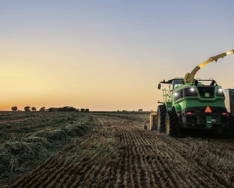 John Deere introduces new self-propelled forage harvesters