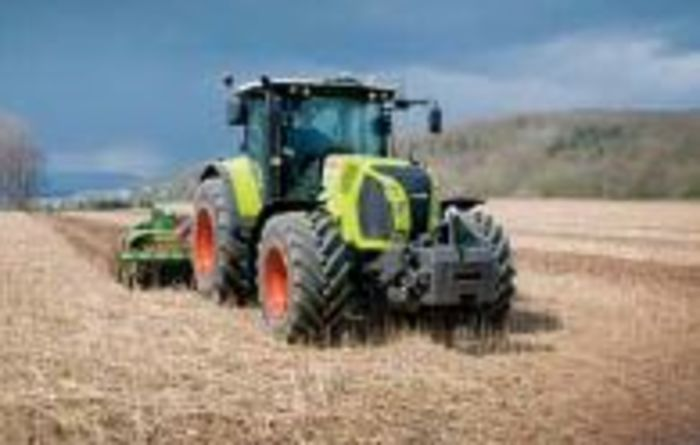 CLAAS ARION 600: Comfortable and easy to operate