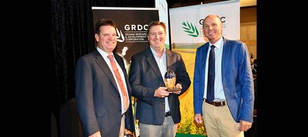 Industry experts honoured at grains event