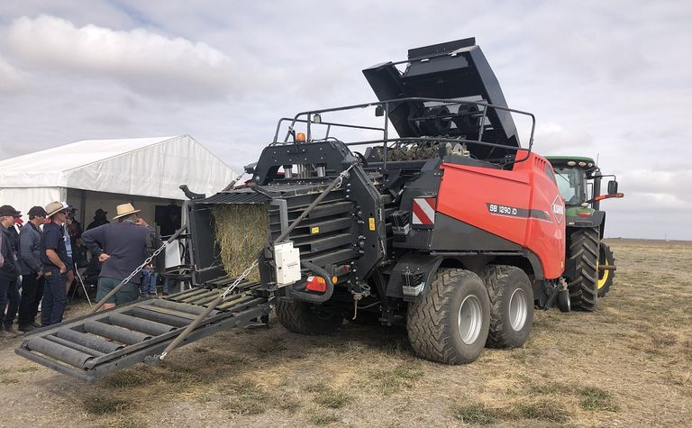 Kuhn Expo gets machinery moving