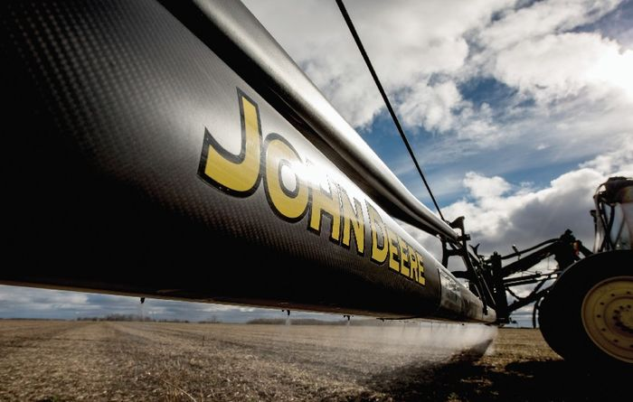 New additions to the John Deere 4-series sprayers
