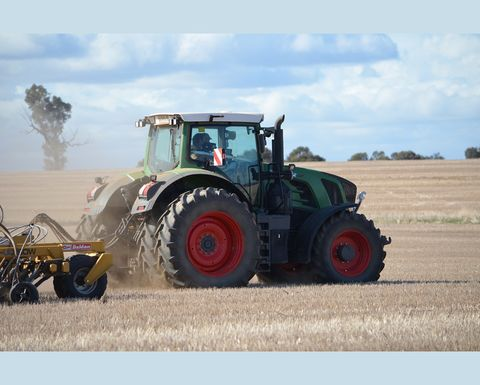 Drought saps confidence and demand from tractor market
