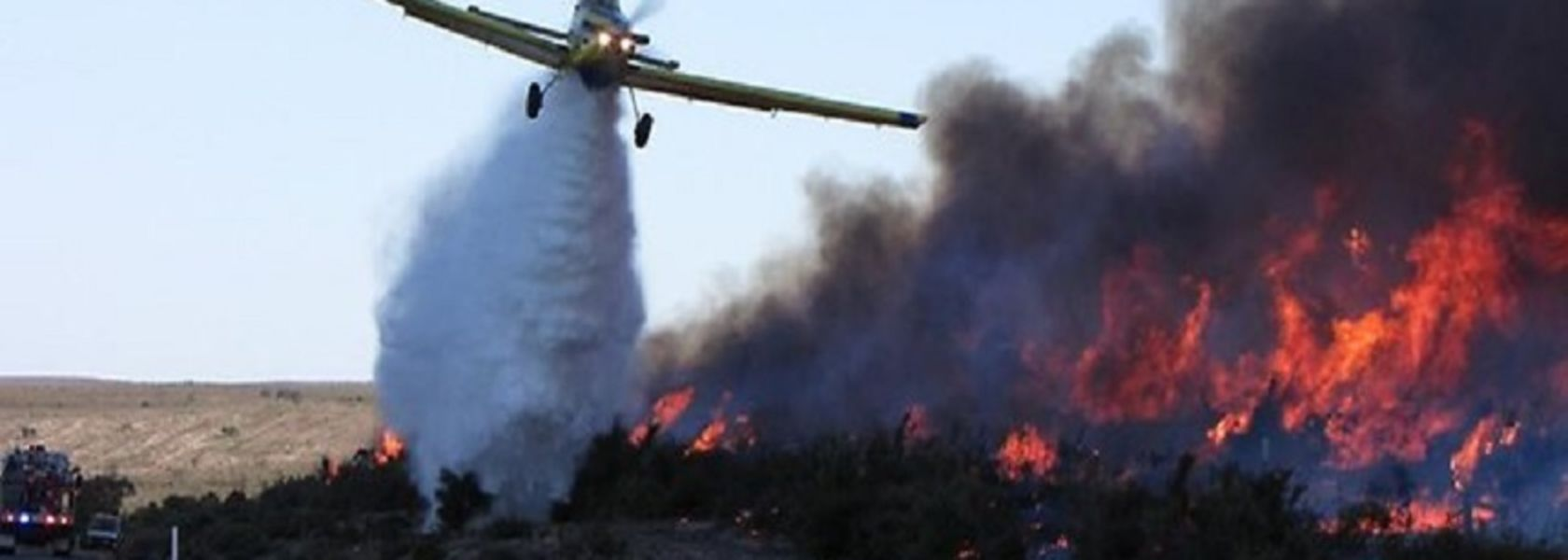 Water bombers deployed to Esperance during harvest