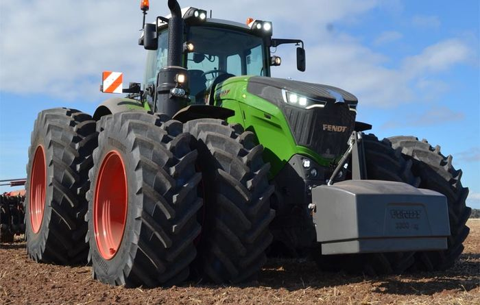500hp Fendt hits the fields