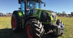 REVIEW: Claas Axion 870